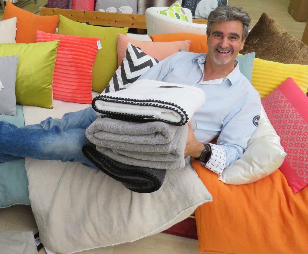 lingorama le rendez vous du beau linge dijon l 39 hebdo. Black Bedroom Furniture Sets. Home Design Ideas